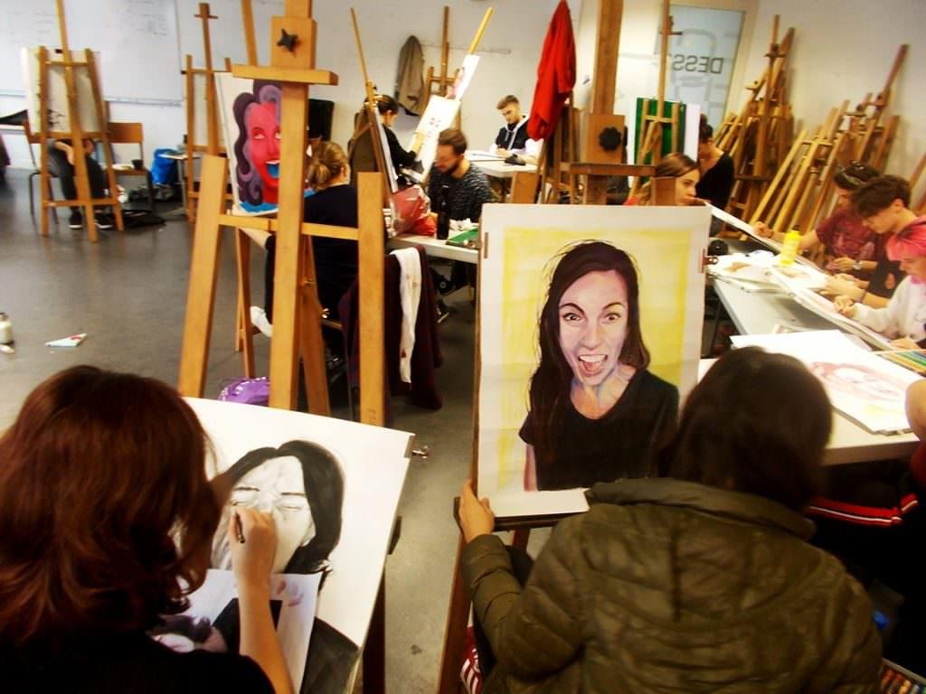 Autoportrait Bellecour école 2D Lara Catherine